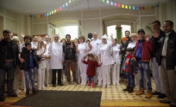 Дети из Сирии, проходившие лечение в Военно-медицинской академии имени С. М. Кирова, сегодня возвращаются на родину