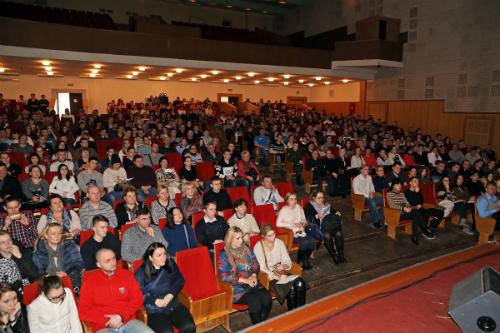 18 февраля в клубе Военно-медицинской академии имени С.М. Кирова прошел День открытых дверей, в котором приняло участие более 400 учащихся выпускных классов и их родителей.