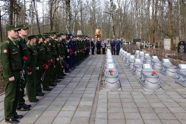 В военно-медицинской академии им. С.М. Кирова прошли праздничные мероприятия, посвященные 72-й годовщине  победы в Великой Отечественной Войне.