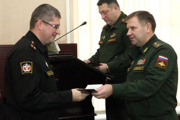 Сотрудники Военно-медицинской академии получили награды Министерства обороны