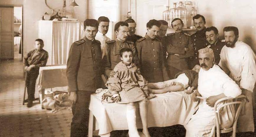 160 лет Генриху Ивановичу Турнеру. Выдающийся врач, хирург-ортопед, один из основоположников отечественной ортопедии родился 29 сентября 1858 года