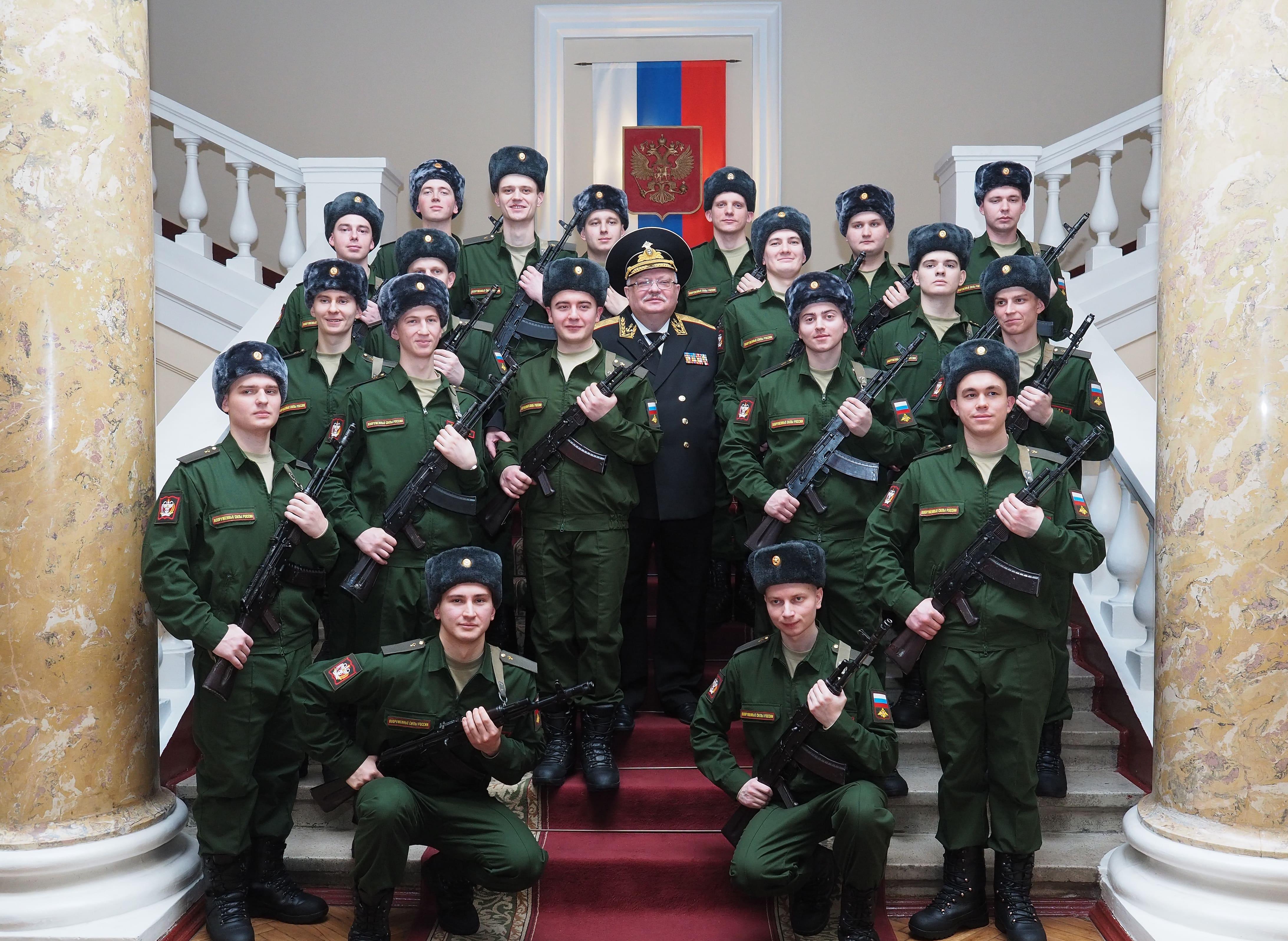 Присяга военнослужащих осеннего призыва 2018 года научной роты на базе Военно-медицинской академии имени С.М.Кирова