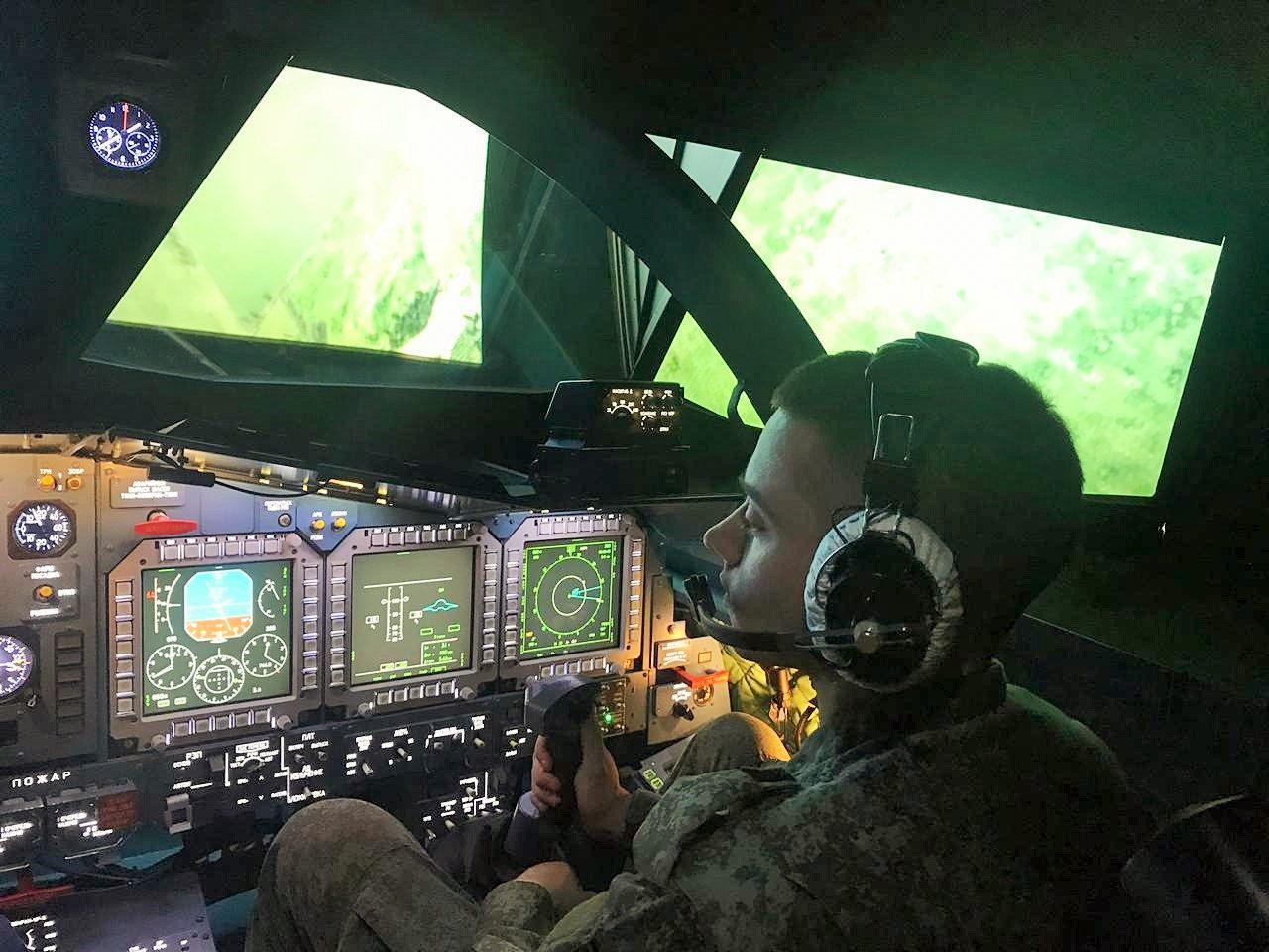 На кафедре авиационной медицины будут изучать состояние здоровья летчиков в кабине Су-34