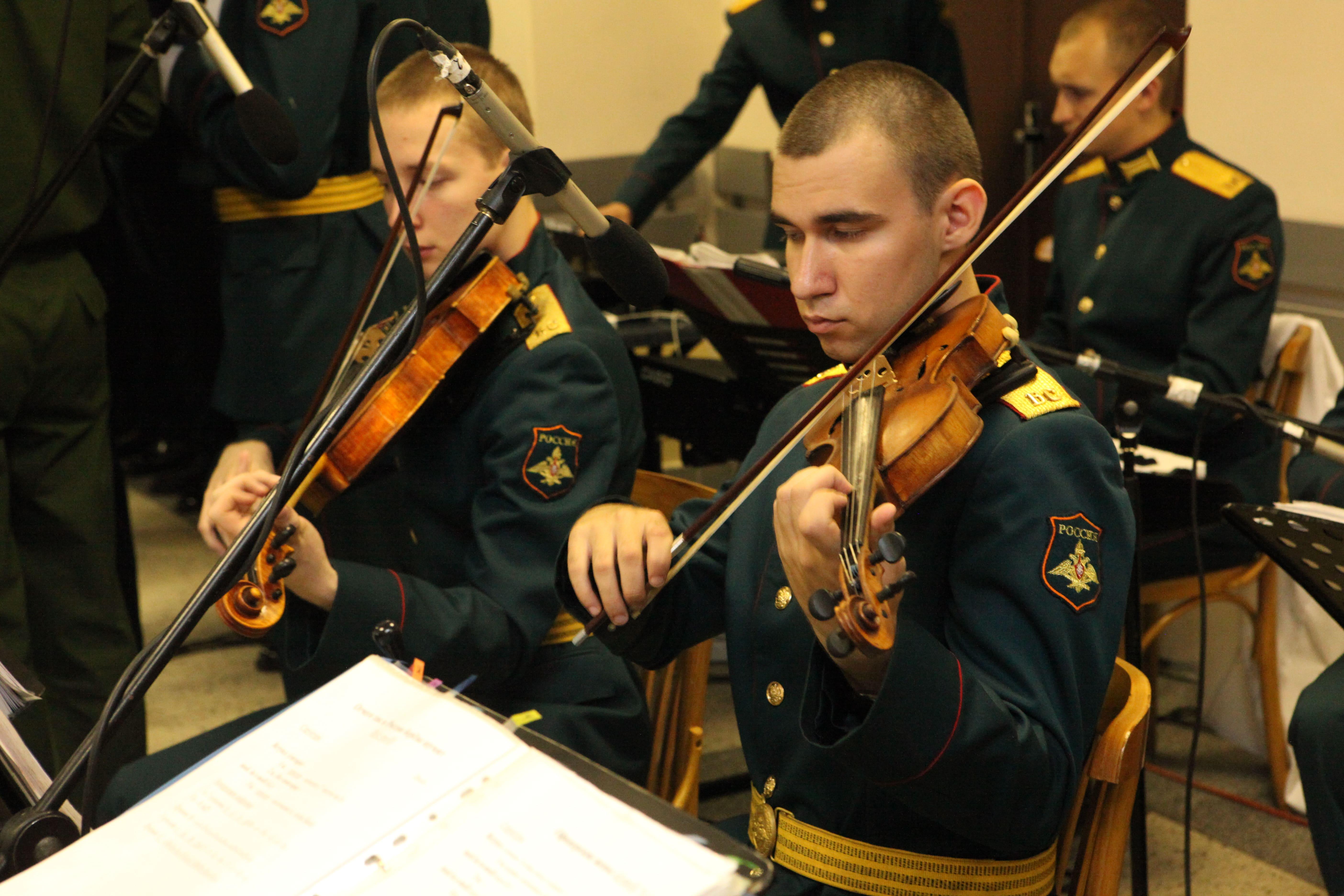 В день памяти покровителя всех учащихся преподобного Сергия Радонежского в Военно-медицинской академии состоялся концерт для курсантов и сотрудников