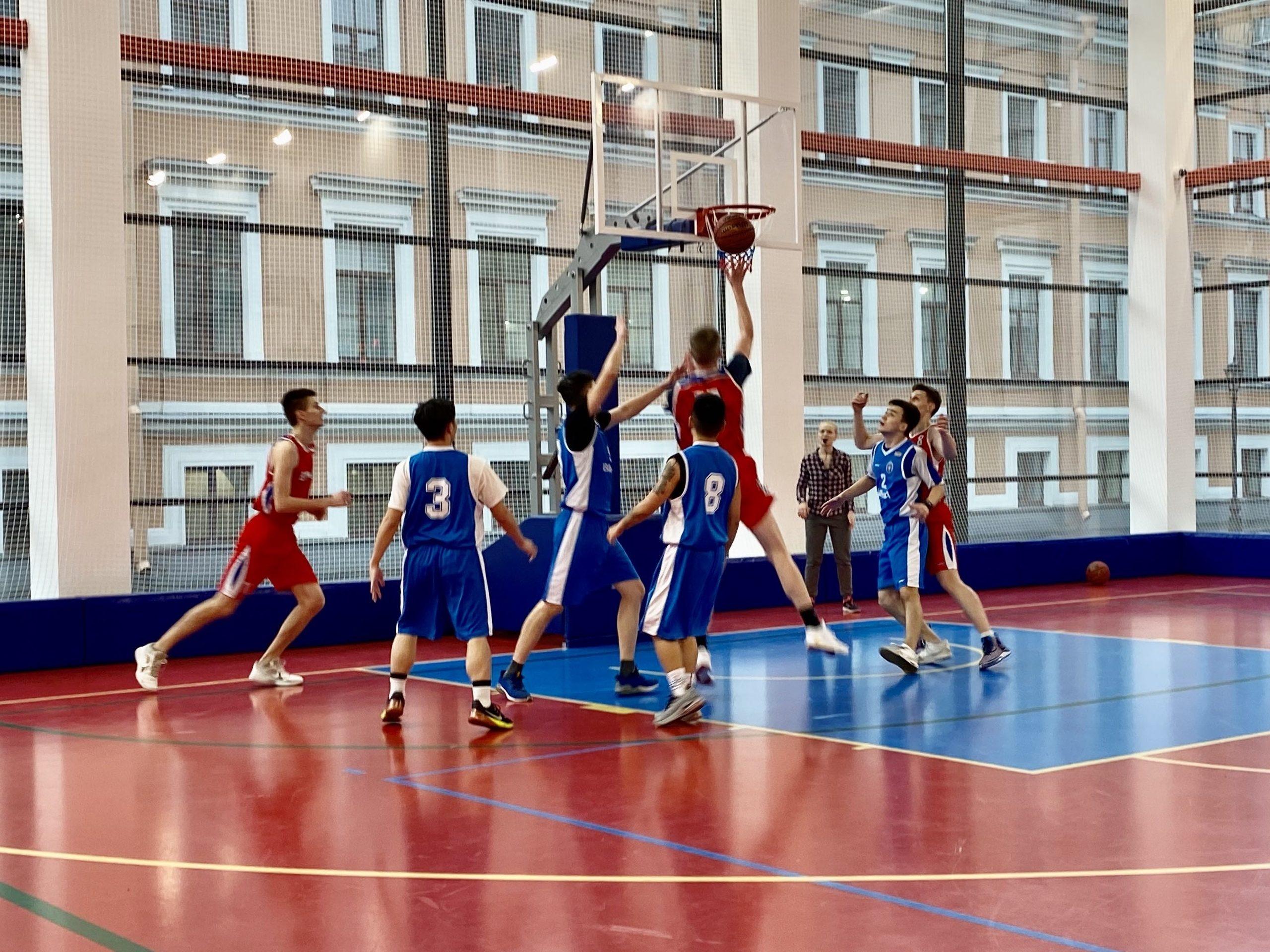 На кафедре физической подготовки состоялось первенство Военно-медицинской академии по баскетболу