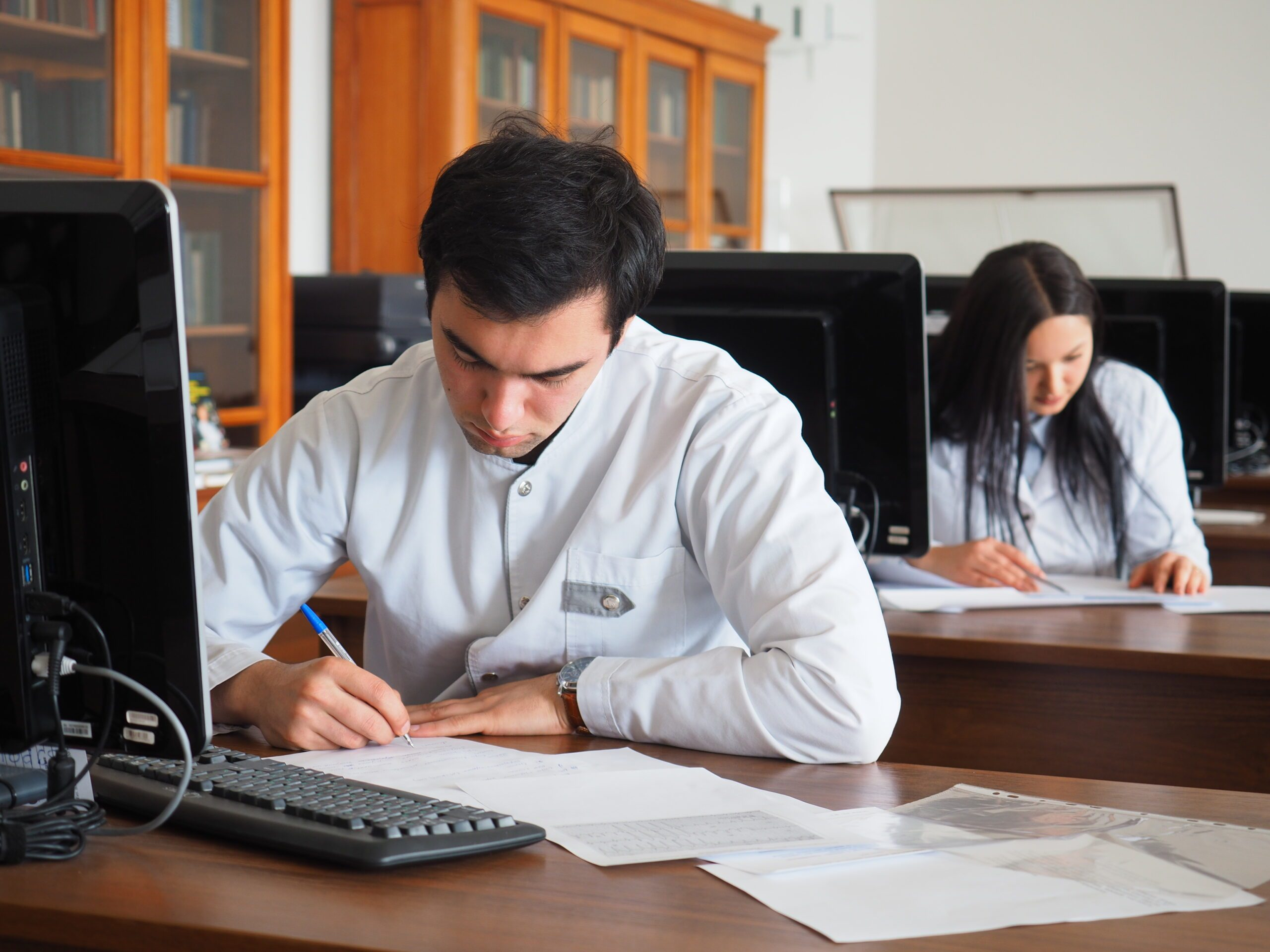 Прием онлайн-заявлений от абитуриентов на факультет гражданских медицинских специалистов