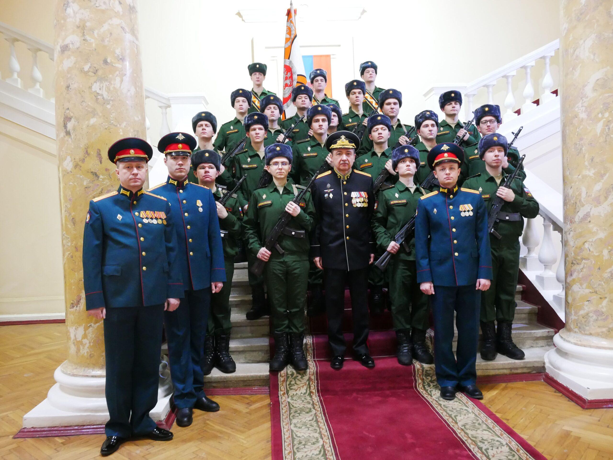 В Военно-медицинской академии состоялось торжественное приведение к военной присяге 13 призыва научной роты