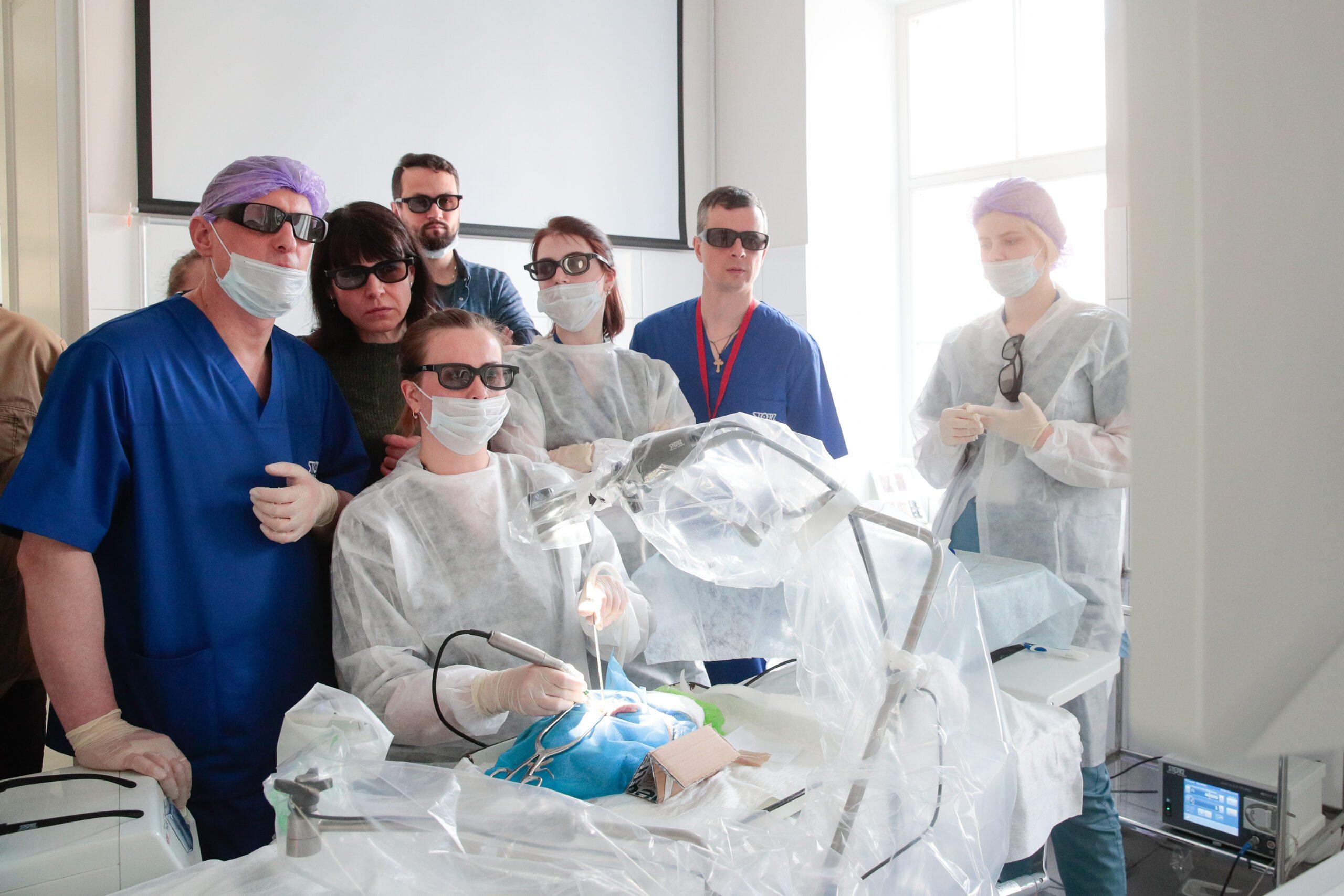 Четвертый практический курс по отохирургии и слуховой имплантации прошел в Военно-медицинской академии