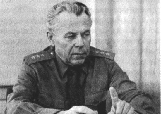 103 года со Дня рождения начальника академии Николая Геннадиевича Иванова