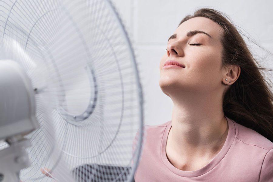 Военные медики рассказали, как в условиях аномальной жары сохранить свое здоровье